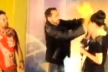 Un presentador de la TV dominicana prende inesperadamente fuego a un mago