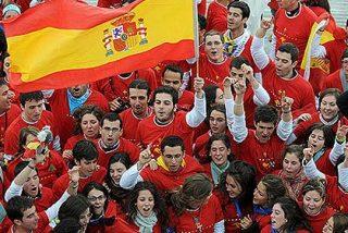 Más de siete de cada diez españoles se definen como católicos