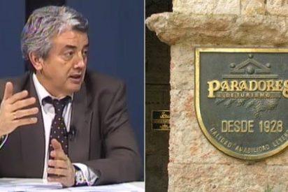 La corte de lujo de los ex de Paradores: Yate, coches oficiales y 12 Visas