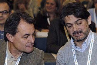 Lluis Foix descubre en 'La Vanguardia' la existencia de 'somatenes mediáticos' que protegen al pujolismo
