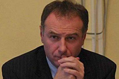 El embajador de Serbia ante la OTAN se suicida saltando al vacío en el aeropuerto de Bruselas