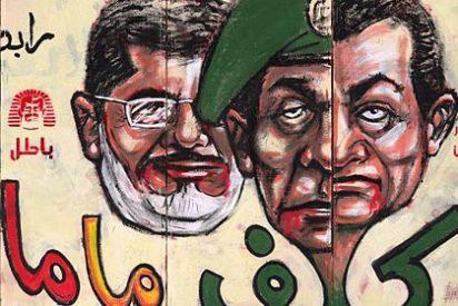 Mursi anula el decreto que reforzaba sus poderes pero no pospone el referéndum