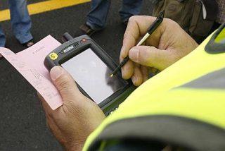Por culpa de la burocracia sólo se cobra una de cada tres multas puestas en Madrid