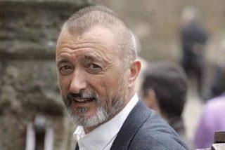 Arturo Pérez-Reverte sacude de lo lindo a los sindicalistas Méndez y Toxo
