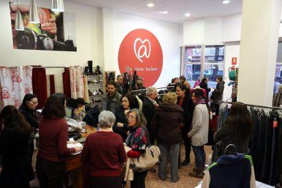 """""""@arropa"""", tiendas solidarias de prendas de segunda mano"""