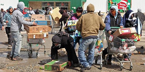 Varios muertos en una oleada de saqueos a supermercados en Argentina