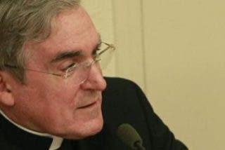 El cardenal Sistach anima a colocar el buey y la mula en el Belén