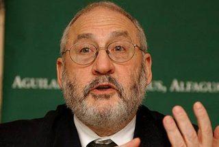 El Nobel Stiglitz pide subidas de impuestos solo para los ricos en España