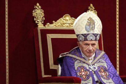 """Benedicto XVI a los universitarios romanos: """"¡El Papa está con vosotros"""""""