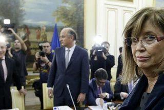 La consejera catalana de Educación pega un portazo y planta al ministro Wert