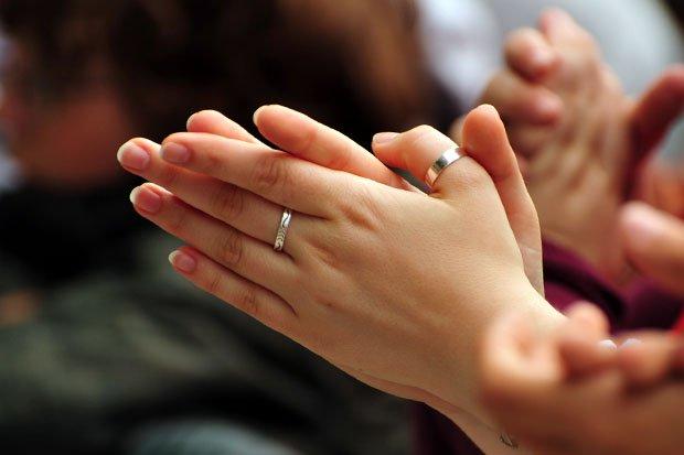 La oración no mueve a Dios, sino a nosotros