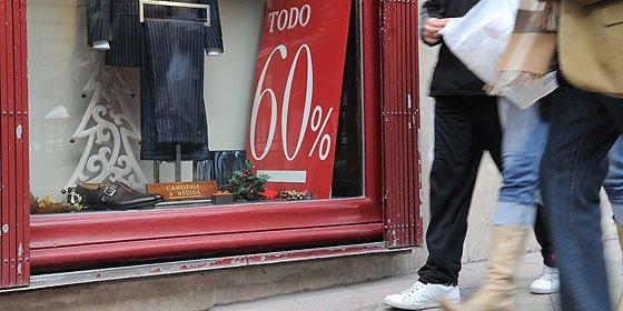 Los españoles gastan un 33% menos en las rebajas desde el inicio de la crisis