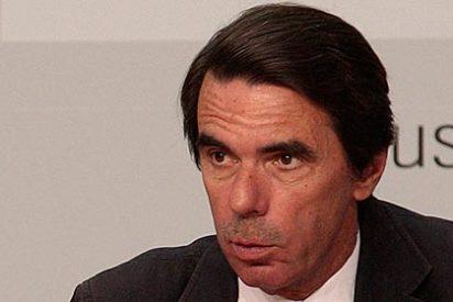 """Hermann Tertsch: """"Bienvenida sea la querella de Aznar contra 'El País' por decir que fue él quien ideó el sistema de sobresueldos. Que haya más"""""""