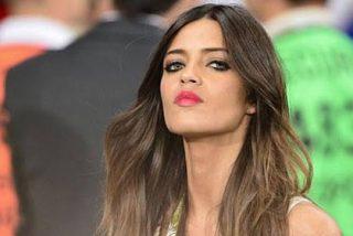 """Sara Carbonero provoca un revuelo en Twitter tras declarar en Televisa México que """"Mourinho tiene varios frentes abiertos y hay división en el vestuario del Madrid"""""""