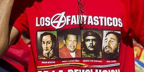 """Nicolás Maduro insta a """"dejar tranquilos"""" al moribundo Hugo Chávez y a su familia"""