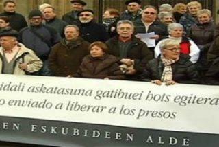 Una treintena de fieles y curas vascos apoya la marcha a favor de presos de ETA