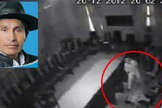 Las cámaras graban cómo un diputado ebrio viola a una funcionaria en el salón de la Asamblea