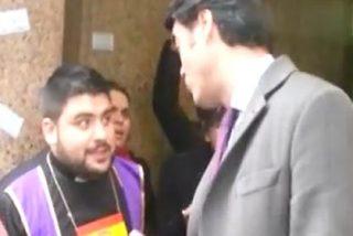"""Cacerolada a Luis Enríquez (Vocento) por los despidos en ABC Punto Radio: """"Danos una indemnización como Dios manda"""""""