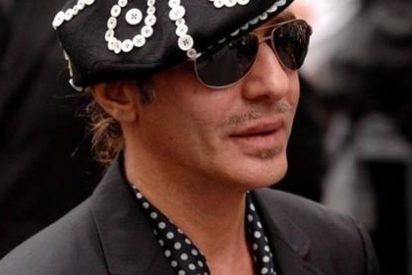 John Galliano regresa al mundo de la moda de la mano de Óscar de la Renta