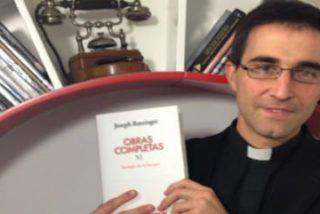 """Carlos Granados: """"Traducir al Papa da un cierto temor reverencial"""""""