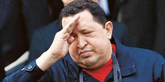 Hugo Chávez con metástasis general, en coma inducido y a punto de ser desconectado de las máquinas