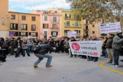 Delegación multa a la presidenta del comité de CBM por protestar contra el ERE en IB3