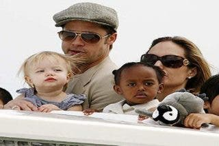La revista Star insinúa que Angelina Jolie podría estar embarazada