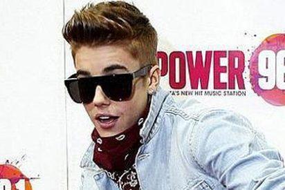 Justin Bieber se desnuda por error y enseña el trasero en Twitter