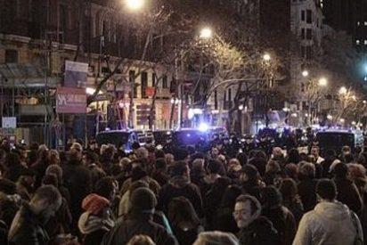 Pincha la protesta ante la sede del PP de Génova convocada contra la corrupción en las redes sociales