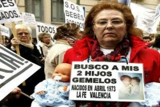 """Los afectados claman: """"Hay Sor Marías en toda España"""""""