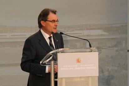 Mas se queja de la falta de inversión estatal en Cataluña durante la inauguración del AVE
