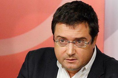 El PSOE tilda de 'golfo' al profesor socialista que le nutría de ideas