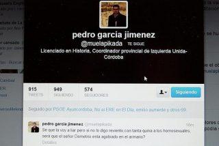 Un alto cargo de IU en la Junta insinúa que el obispo de Córdoba es homosexual