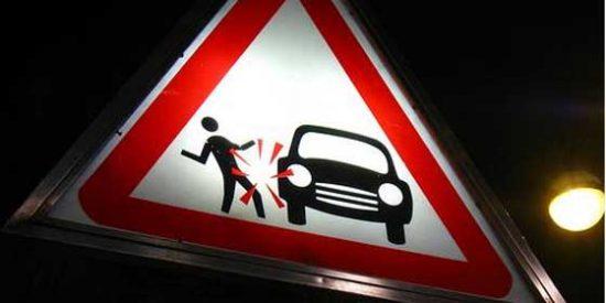 Una mujer atropella dos veces a su marido en el parking de un 'súper'