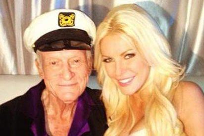 El magnate Hugh Hefner, que tiene 86 años, se casa con una 'conejita' de sólo 26