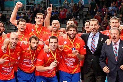 España, campeona del mundo de balonmano tras aplastar a Dinamarca (35-19)