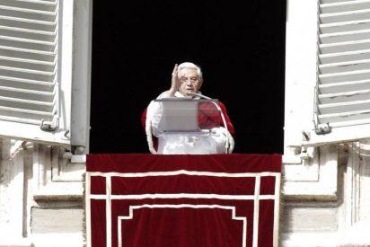 """El Papa pide """"acogida y vida digna"""" para emigrantes y refugiados"""