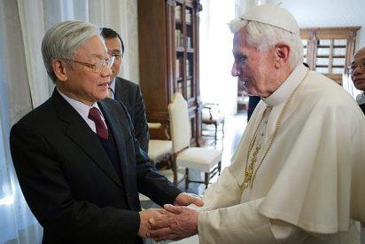 El Papa recibe por primera vez a un secretario general del Partido Comunista de Vietnam