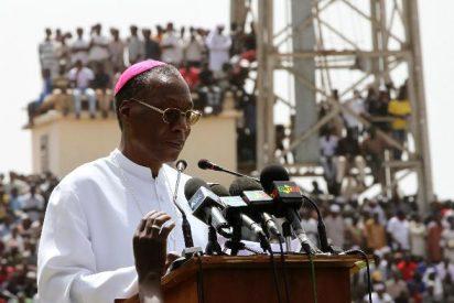 El arzobispo de Bamako reclama un corredor humanitario para la población de Malí