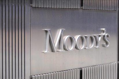 La agencia de calificación Moody's quita a Reino Unido 'la triple A'