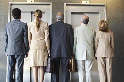 El Gobierno español dará permiso de residencia al extranjero que compre deuda pública o cree empleo