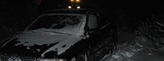 Rescatado un matrimonio tras quedar atrapado en la nieve 30 horas