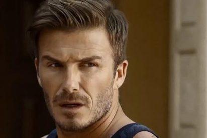 David Beckham se exhibe en calzoncillos y con zapatillas de casa
