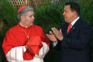 """El cardenal Urosa, """"complacido"""" por el regreso de Chávez a Venezuela"""