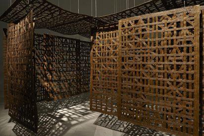 Lo que hace y lo que quiere decir la escultora Cristina Iglesias