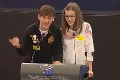 VÍDEO / Ridículo de la 'generación mejor preparada' en el Parlamento Europeo: 'Sagerao España'