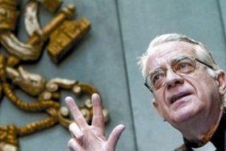 """Lombardi denuncia """"presiones inaceptables para condicionar el voto"""" de los cardenales"""