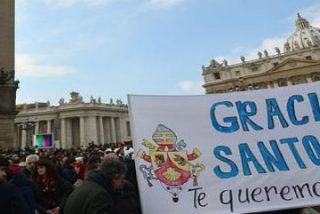 """Benedicto XVI: """"Os suplico que continuéis rezando por mí y por el próximo Papa"""""""