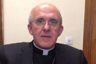 """Carlos Osoro: """"Es una pena que un Papa como Benedicto XVI lo deje"""""""