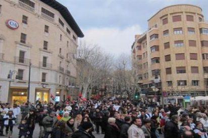 """Más de 3.000 personas marcharon hartas de corrupción: """"Chorizos, aquí tenéis al pueblo"""""""